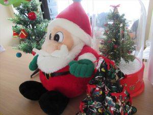 しゃくなげは一足先にクリスマス\(^o^)/